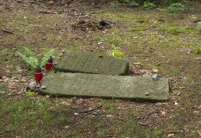 Falenica: Burial sites of Jews from Falenica