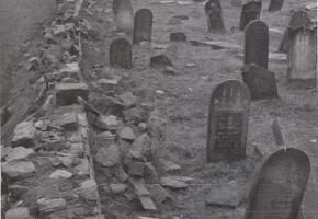 Jewish cemetery in Szydłów
