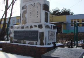 Ostrołęka: Cmentarz na ulicy Poznańskiej