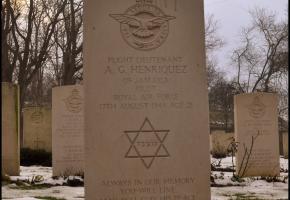 Grób żydowskiego żołnierza na Cmentarzu Wojennym Wspólnoty Brytyjskiej (Al. Armii Poznań)