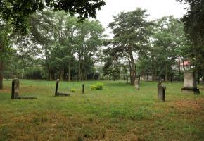 Piaseczno: A Jewish cemetery at Tuwima Street