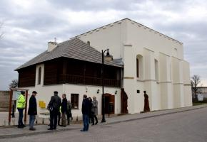 Szydłów – Renovation of Synagogue Completed