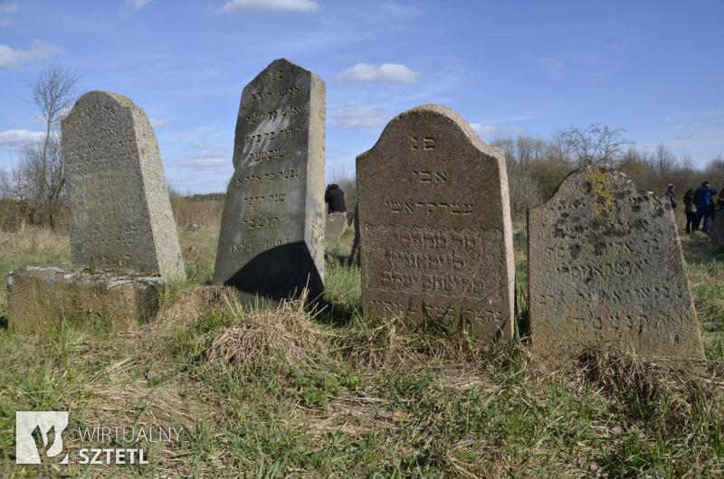 Krynki, cmentarz żydowski. Macewy