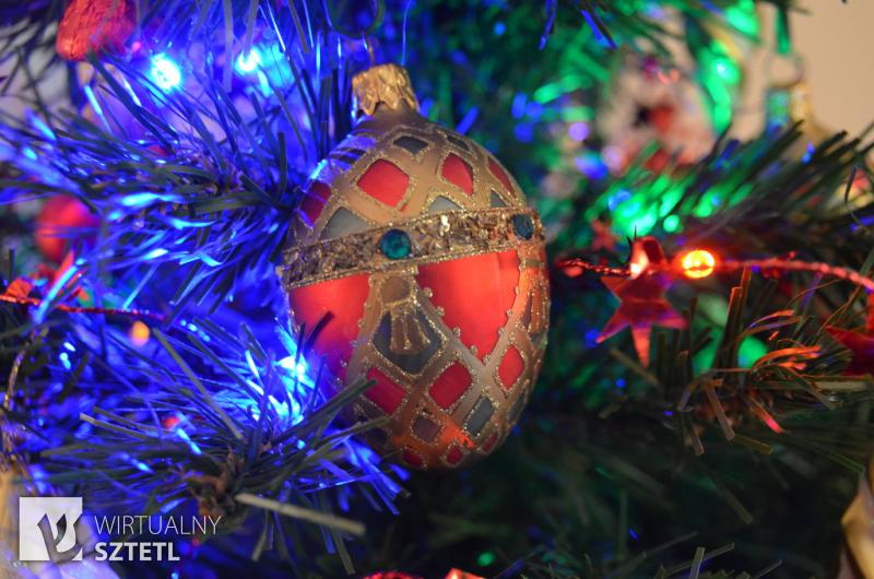 although christmas is a holiday with no connection to jewish practice or rituals except for the inherent connection with the jewish identity of jesus - Do Jewish Celebrate Christmas